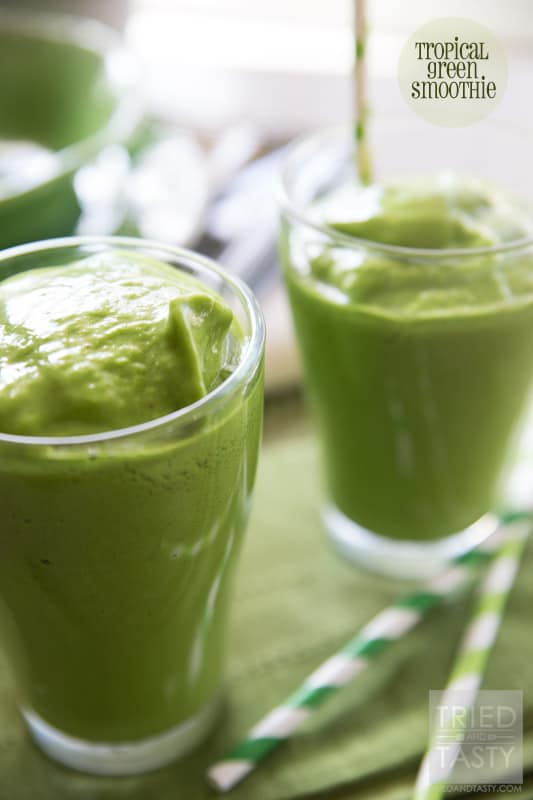 Tropical Green Smoothie // Tried and Tasty