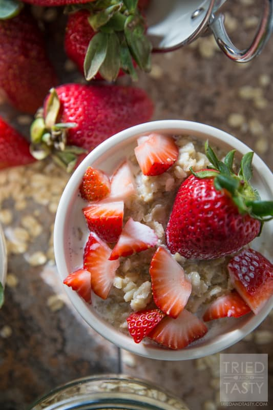 Strawberries and Cream Oatmeal // This simple no-refined-sugar-added oatmeal is an excellent way to begin your day. Made with only four ingredients you'll have the most delicious and nutritious breakfast perfect any morning of the week!   Tried and Tasty