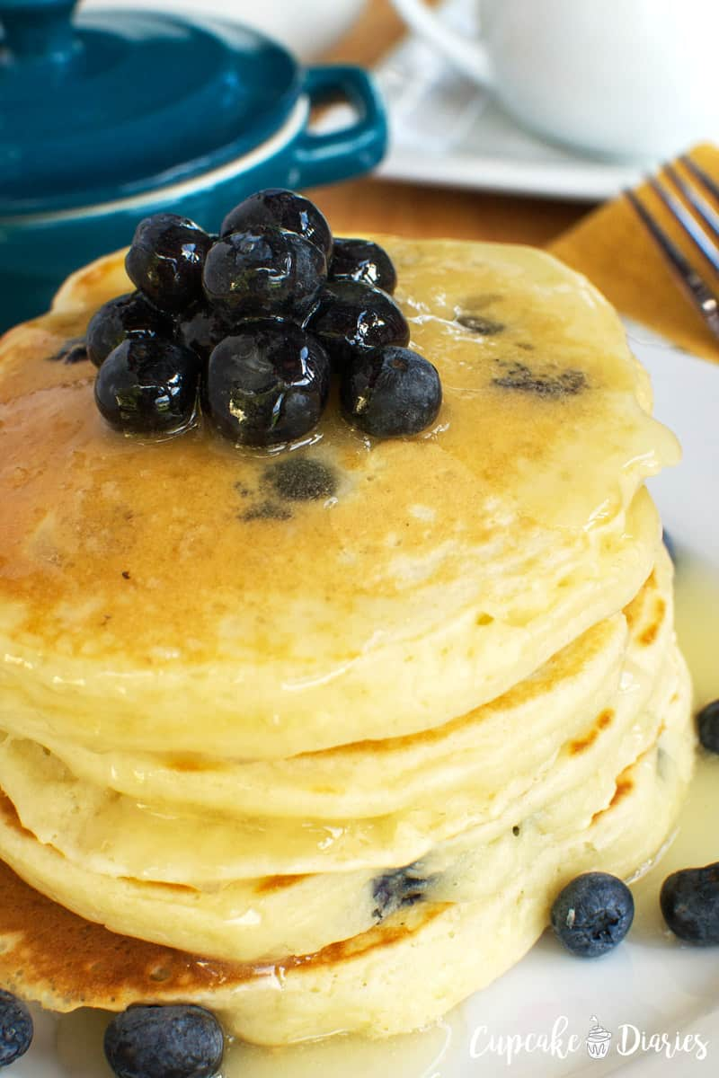 Blueberry Pancakes with Warm Buttermilk Syrup // Cupcake Diaries