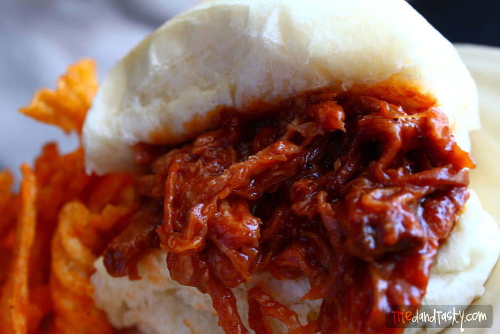 Crock Pot Bbq Pulled Pork A Saucy And Delicious Pulled Pork That S Great For