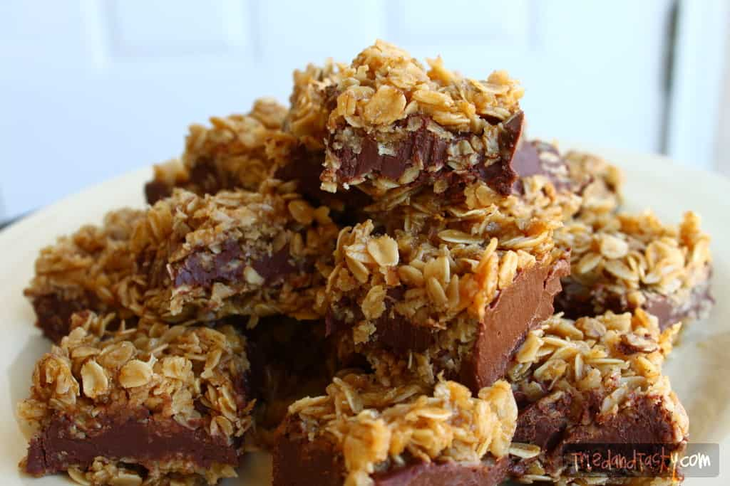 No Bake Chocolate Oat Bars // Tried and Tasty