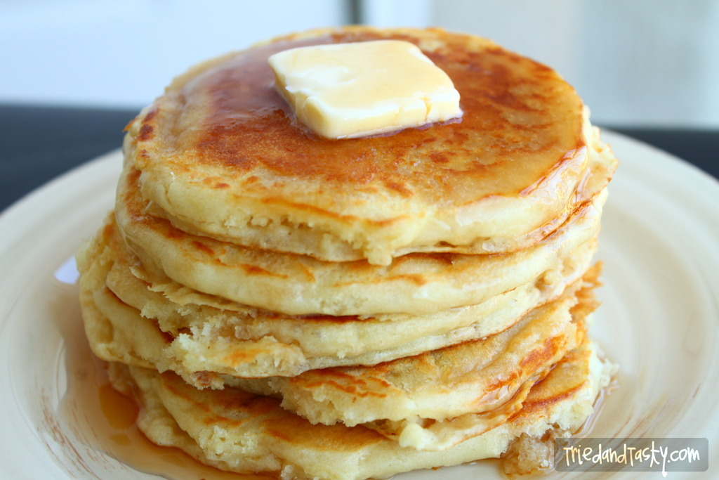 Fluffy buttermilk pancakes tried and tasty fluffy buttermilk pancakes pancakes that are perfectly soft fluffy and delicious ccuart Gallery