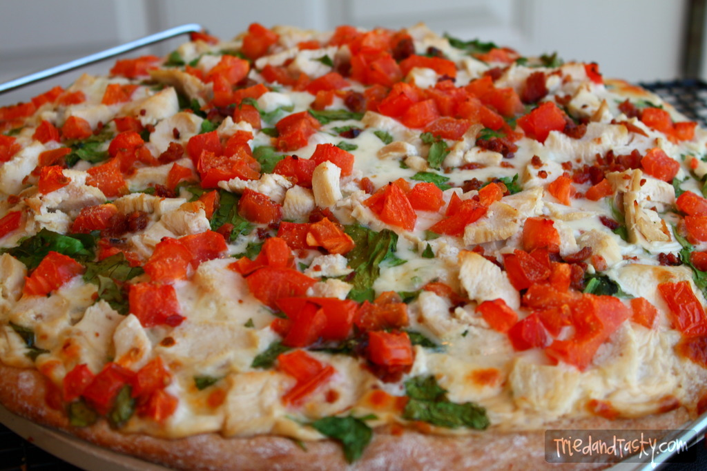 Chicken Bacon Pizza // This is a delicious fresh twist on your typical pizza. The chicken and the bacon pair wonderfully together. | Tried and Tasty