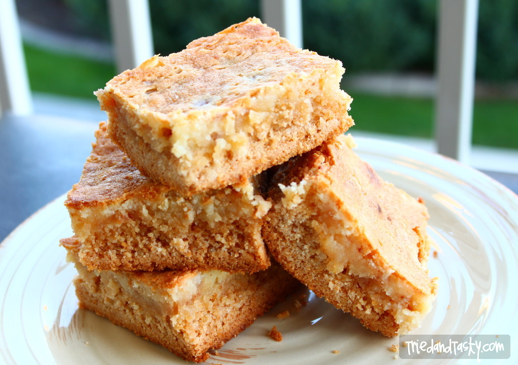 Toffee Gooey Butter Cake // When the recipe is from Paula Deen you know it's going to be good. This rich cake will put a smile on your face. | Tried and Tasty