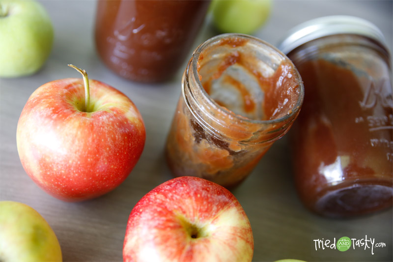 Crock Pot Apple Butter // Ever tried or heard of apple butter? Spread Apple Butter on toast, muffins, pancakes! Or with cottage cheese, over pork roast while the roast is cooking; add a little to pork gravy; add to baked beans, or mix with plain or vanilla yogurt! | Tried and Tasty