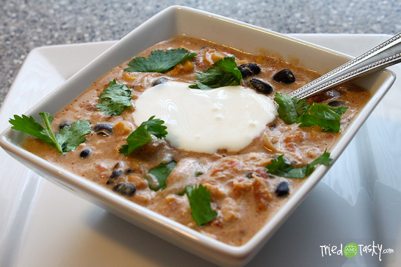 Cream Cheese Chicken Chili // The cream cheese in this Chili recipe makes it so creamy and delicious! | Tried and Tasty