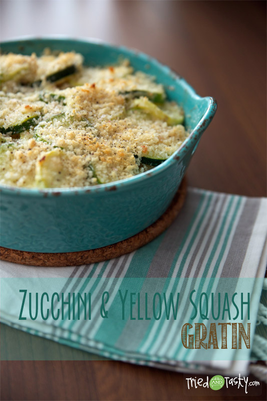 Zucchini & Yellow Squash Gratin // This Zucchini & Yellow Squash Gratin is the perfect side dish to some grilled chicken and it comes together in a cinch! | Tried and Tasty