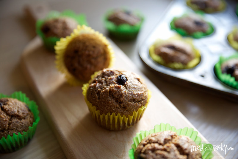 Whole Wheat Pumpkin Applesauce Muffins // TriedandTasty