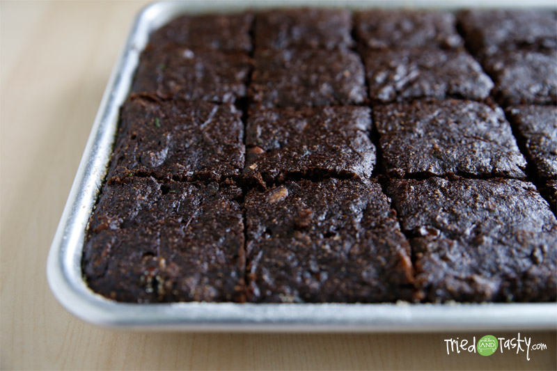 Whole Wheat Zucchini Chocolate Chip Brownies // These delicious brownies have zero refined flours or sugars! | Tried and Tasty