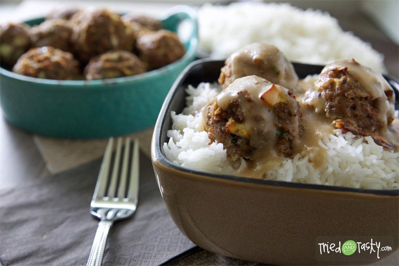 Apple Turkey Meatballs with Buttery Whole Wheat Gravy // These meatballs have a fun apple twist on them! | Tried and Tasty