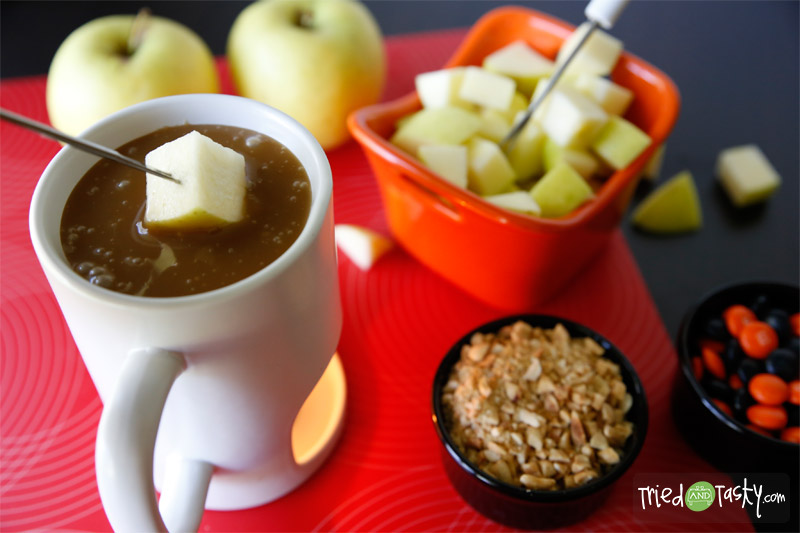Caramel Apple Fondue // It will be hard to say no to this delicious Caramel Fondue! | Tried and Tasty