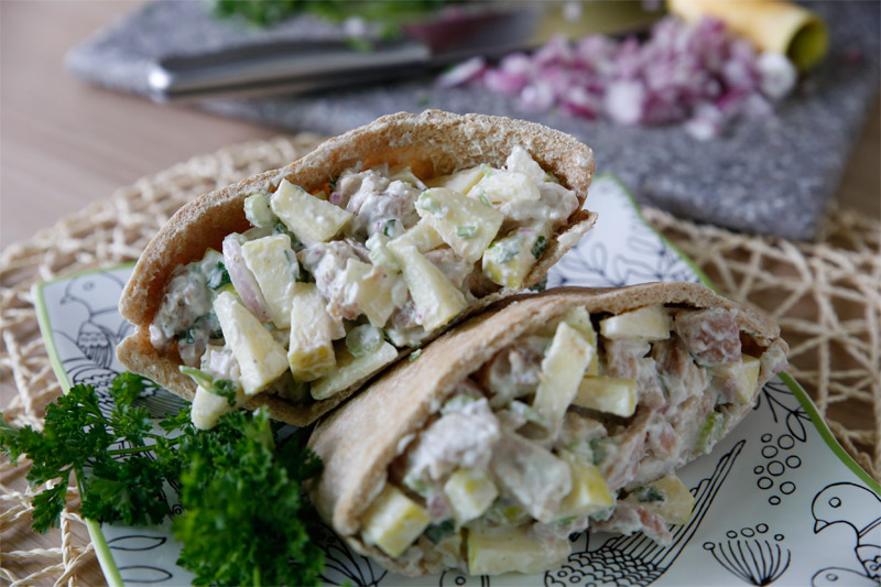 Chicken Waldorf Pita // This Chicken Waldorf Pita is low-calorie, quick to make, and will keep you full!   Tried and Tasty