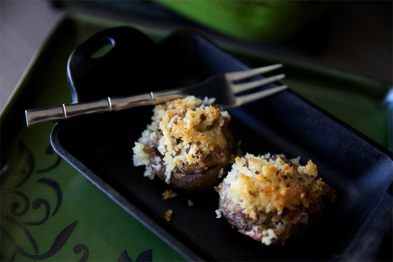Panko Crusted Sausage Stuffed Mushrooms // The sausage along with the cheesy-ness makes for a delicious and rich stuffed mushroom appetizer your guest will love. | Tried and Tasty