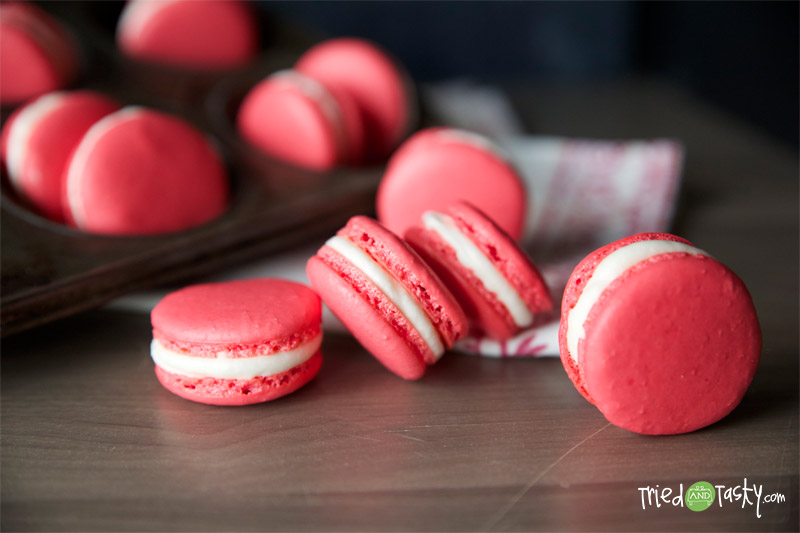 Holiday French Macaroons with Peppermint Buttercream Frosting // These Peppermint French Macarons are fun and festive! | Tried and Tasty