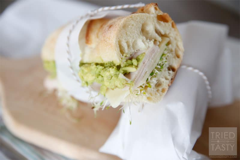 Quick & Easy Turkey, Avocado and Swiss Sandwich // A quick and easy lunch recipe for those on the go or any wanting a delicious meal ready in no time. | Tried and Tasty