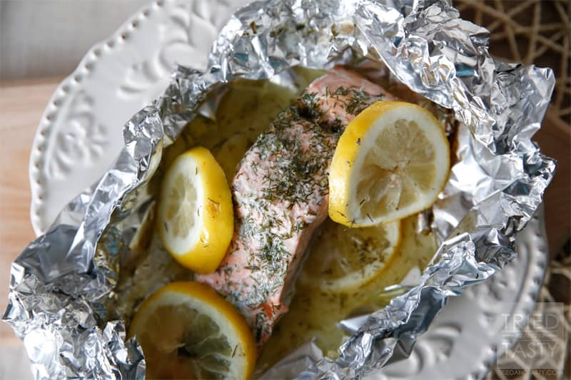 Quick & Easy Grilled Salmon // A healthy dinner option that is packed with flavor! | Tried and Tasty