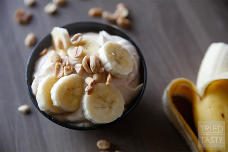 Peanut Butter & Banana Greek Yogurt // A healthy alternative to sugary desserts that will satisfy your sweet tooth without the guilt! | Tried and Tasty