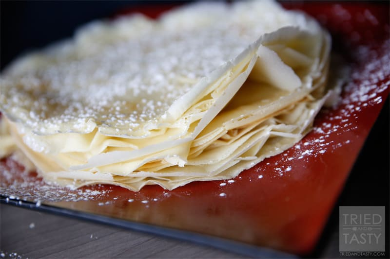 Quick & Easy Crepes // These are such a fancy, yet easy breakfast and can easily be made into a lunch or dinner depending on your filling. | Tried and Tasty