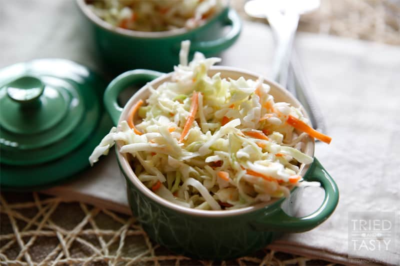 Quick & Easy Homemade Coleslaw Recipe // Nothin beats a crisp coleslaw to add to your favorite summer meal. Whip this up in no time and serve along side your favorite burgers, some fresh fruit a delicious potato salad and ice cold lemonade! | Tried and Tasty