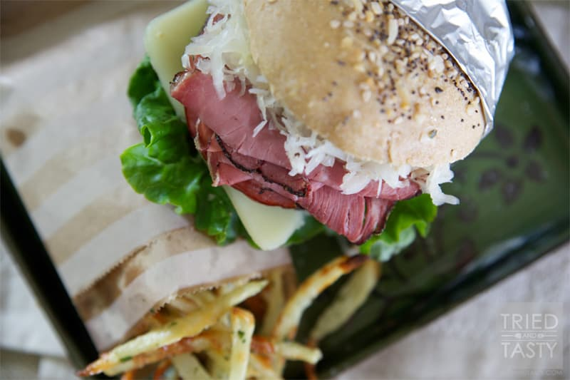 Mouth Watering Tasty Reuben Burger // If you like reuben sandwiches, you are going to fall in love with this mouth watering reuben burger. It's hearty and will surely satisfy. | Tried and Tasty