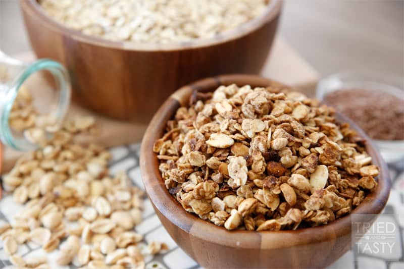 Peanut Butter Granola // A great way to start your morning. Make ahead to have a quick breakfast on the go ready all week! | Tried and Tasty