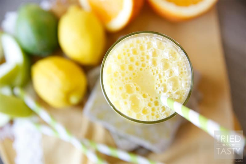 The Orange/Apple Wake-Me-Up // The most delicious way to start your day. Or enjoy mid-day, or at the end of the day! Anytime you want this splendid citrus juice, you'll be sure to feel a little extra energy! | Tried and Tasty