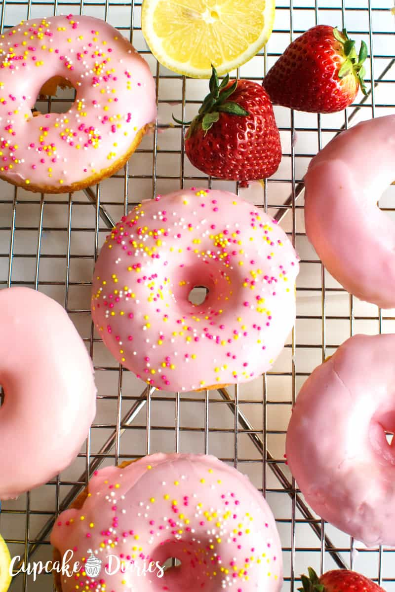 Strawberry Lemon Donuts // Cupcake Diaries