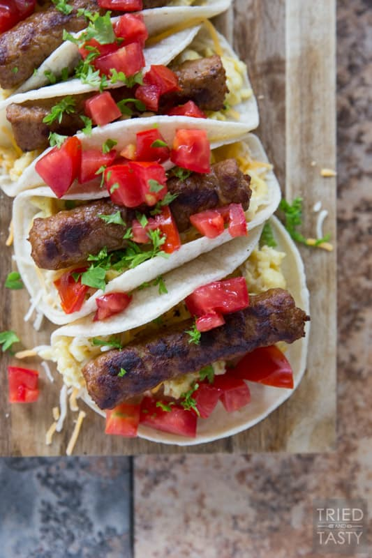 Breakfast Street Tacos // Forget taco Tuesday... you can have these Breakfast Street Tacos any morning of the week. One of the easiest and most delicious fresh breakfast ideas you've seen in a while! Make these for the whole family, they will all fall in love! | Tried and Tasty