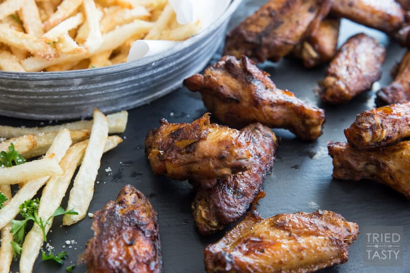 Game Day Wings 'n Parmesan Garlic Fries // Need a super bowl appetizer? Want some fun finger food that's sure to please a crowd? This power packed combo is sure to give you're guests exactly what they want!   Tried and Tasty