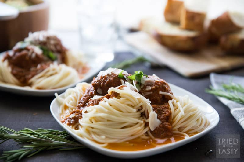 Homemade Spaghetti and Meatballs | This tried and true Spaghetti and Meatball recipe will fill your kitchen with the warm aroma of tomato, basil, and oregano. This just might be the ultimate comfort dish! | Tried and Tasty