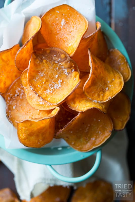 The Perfect Sweet Potato Chips // Want to know how to achieve the perfect homemade sweet potato chip? I'll show you how & trust me - they are amazing as they look!   Tried and Tasty